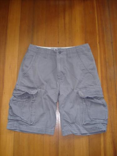 OLD NAVY GREY CARGO SHORTS - SIZE 28