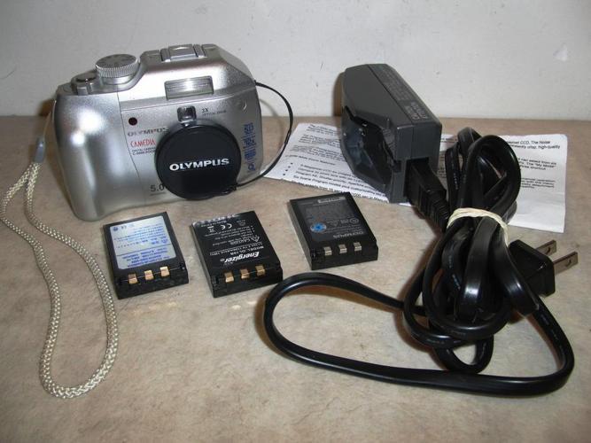 Olympus 5 Mega Pixel Digital Camera