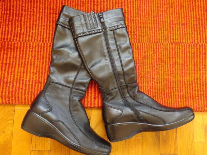 Original Italian Rinaldi Black Leather Boots