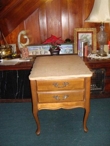 Pair of end table