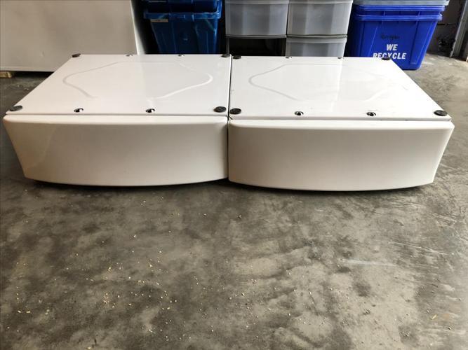 Pedestal for front load washer-
