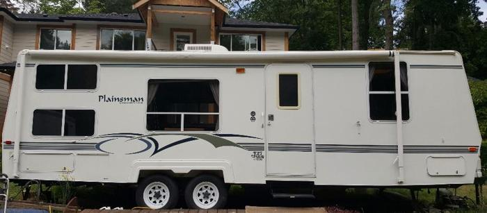 Plainsman Travel Trailer  RV 27'