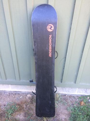 Rossignol Snowboard plus bindings and bag