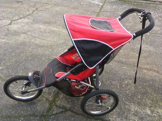 Safety 1st. Jogging Stroller