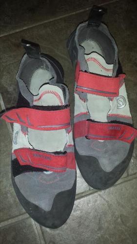 Scarpa Mens climbing shoes 10 2/3