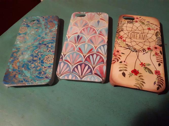 Set f 3 Like New Nice Various Design Iphone 5 Decorative Protective Covers