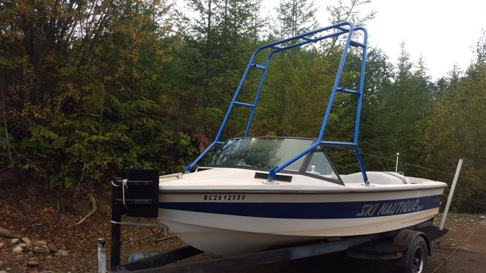 Ski Naughtique 2001 for sale or TRADE