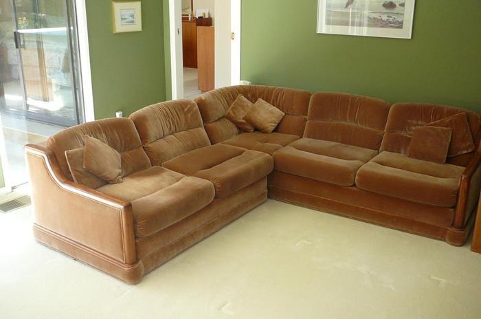 SKLAR Right Facing Sectional Furniture