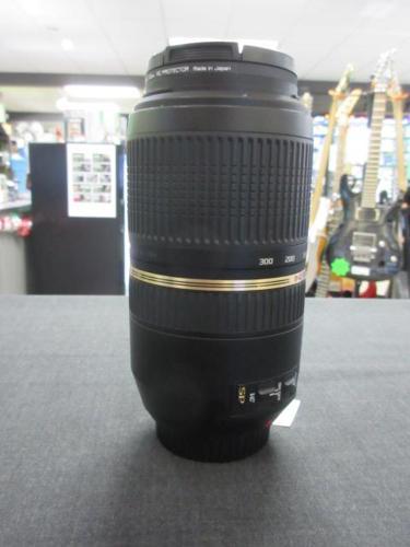 Tamron 70-300mm  lens  **Money Maxx**