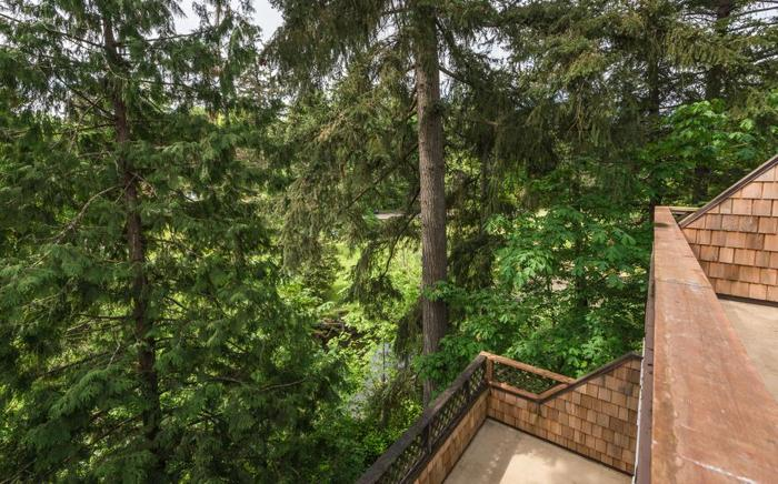 Tranquil, quiet, well-maintained town house in Central Nanaimo