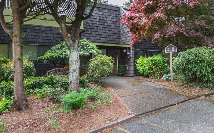 Unique Townhouse Complex in Central Nanaimo
