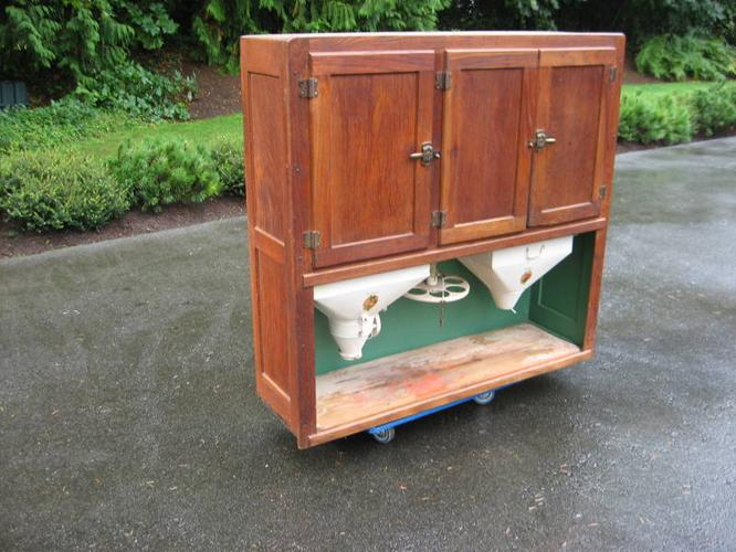 Art antiques for sale in langley british columbia for Upper cabinets for sale