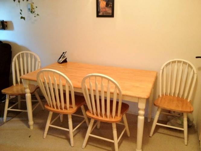 Wanted: Table & 4 Chairs