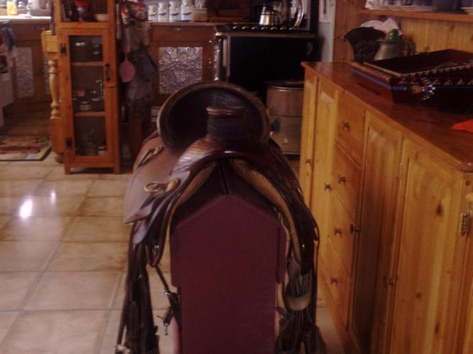 Western Ranch Saddle