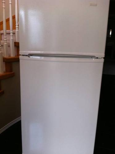 WHITE FRIDGES--WARRANTY--FREE LOCAL DELIVERY--LIKE NEW