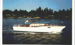 Need a summer cottage for Cowichan or Sprout lake. A rare opportunity awaits to own a vintage Mahogany Showboat. Make it your waterfront getaway. Only 470 35'Constellations were built .Total sleeping capacity 6. Hanging wardrobes and plenty of drawer
