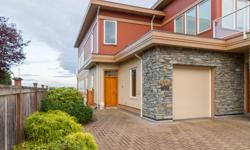 # Bath 2.5 Sq Ft 1751 MLS 369811 # Bed 2 Exquisite strata duplex residence in 'Sidney by the Sea'. Fabulous 180° unobstructed Oceanviews, Mt. Baker backdrop & Port Sidney Marina. One level living w large entertainment patios, manicured lawn & landscape on