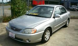 Make Kia Model Spectra Year 2002 Colour Platinum Silver Metallic kms 171000 Trans Automatic *** ECONOMICAL !! CLEAN !! >> KIA SPECTRA AUTOMATIC !! *** This is a very nice clean LOW PRICED little run-a-bout , has the fuel saving 1.8 litre 4-cylinder