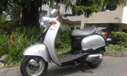 Yamaha vino with a 70cc Malossi 70 kit, a Mukuni Carburetor and performance transmission spring 23.000 KM body in great shape, has had tires replaced in 2014. A very fun little scooter, great for going up hills, top speed 70-80KM the acceleration is far