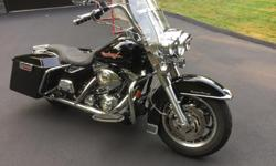 Make Harley Davidson Model Road King Year 2004 kms 21000 An absolute beauty showroom condition needs nothing several genuine HD add-ons long hard bags custom seat and more ! low mileage no crashes no issues always garaged showroom shape Call for viewing