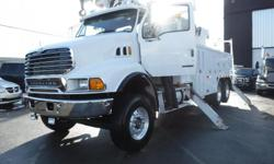 Make Sterling Year 2007 Colour White Trans Manual kms 5186 Stock #: BC0029487 VIN: 2FZHAWDC77AY61166 2007 Sterling LT8500 Boring Truck Air Brakes Diesel, 7.2L, 8 cylinder, 2 door, Eaton Fuller manual Transmission, 6X4, stabilizers, service box, white