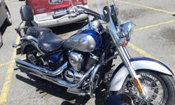 2nd owner All papers for regular servicing. 22,000k Always stored indoors. Heated grips Windshield Lots of extras Hard bags custom painted to match tank (in storage..but yours with bike) Great looking reliable bike. You will have no issues...hop on and