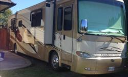 Beautiful Immaculate condition. Must be seen! 24,180 miles. Tripple Slide out, 40 ft. Spartan Classic, 400hp Cummins, Allison 6 speed transmission, 2 stage engine brake, auto hydraulic/air leveling system. Accuride non-polish aluminum wheels, 8kw Onan QD