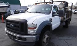 Make Ford Model F-550 Year 2009 Colour White kms 403741 Trans Automatic Stock #: BC0030709 VIN: 1FDGF56R89EA02879 2009 Ford F-550 2WD Dually Diesel 11 Foot Flatdeck with Power Tailgate, 6.4L, 8 cylinder, 2 door, automatic, 4WD, cruise control, trailer