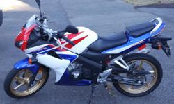 2009 Honda CBR125R. Well maintained, completely serviced by Honda dealer last month. Less than 700 KMs on it. Completely stock. This is a Alberta bike and stored indoors. Asking 2000 dollars or best offer