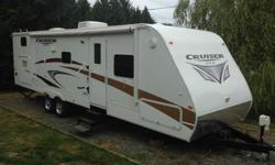 """2010 Crossroads Cruiser CT30QBX. Ready to go camping right now! This is a great family unit with a private """"queen"""" bedroom up front and a large """"bunk"""" room for the kids in the rear (sleeps 9-11 total)has a 3 piece separate bathroom with tub and shower"""