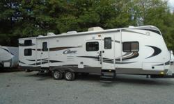 NO ONE GETS LEFT BEHIND! Sleeps 10. Whether you choose to use it as your home on the lake or for your next adventure this beautifully kept 1/2 ton series is ready for you. Hook Up & Go! This RV is located at: Arbutus RV & Marine Sales Ltd. *MILL BAY