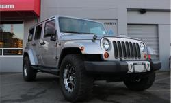 Make Jeep Model Wrangler Unlimited Year 2013 Colour Grey kms 116672 Trans Manual Price: $25,888 Stock Number: 8WR25492A VIN: 1C4BJWEG3DL603012 Interior Colour: Black Engine: 3.6L V6 SFI DO Fuel: Gasoline Heated Seats,Nav ready,Alpine Premium 6?speaker