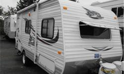 Price: $19,988 Stock Number: I2187 2015 Jayco Jay Flight SLX 185RB Say hello to the 2015 Jay Flight SLX - made for comfort and big on features your family will love. With both 7-foot-wide and 8-foot-wide models to choose from, there is something for