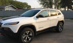 Make Jeep Model Cherokee Year 2016 Colour White kms 1500 Trans Automatic 1500kms and vehicle is close to 45k brand new with no taxes and fees. Fully loaded, comes with plenty of options -3.2L V6 9 Speed Auto with 271 HP -Heated seats/steering
