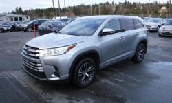 Make Toyota Model Highlander Year 2017 Colour Gray kms 21984 Trans Automatic Stock #: BC0030841 VIN: 5TDBZRFH8HS403233 2017 Toyota Highlander LE V6 AWD, 3rd row seating, 3.5L V6 DOHC 24V engine, 4 door, automatic, AWD,8 passenger, 4-Wheel ABS, cruise