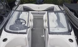 2018 Campion 535ob This sleek 19 foot Allante Bowrider Outboard comes equipped with a 150 Mercury Motor, Vessel View Mobile Technology and Active Trim for getting the most out of your Mercury motor. Other features include: Kicker KMC 10 Media Center,