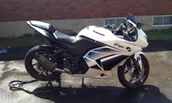 2011 Kawasaki ninja 250R. Engine runs great. Just 9600kms. Want to have a blast just riding the twisty back roads, this motorcycle is light, turns in with no effort. It is a good motorcycle for beginners and anyone just cruising around town. Motorcycle