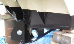 T   36' Apollo hull cabin cruiser. New electroncs, (gps, rader, sounder, 1 cabin vhf, 1 new handheld vhf) 3 burner propane stove. 3 in one shower, head and sink unit... gally sink. 12/120 volt fridge freezer. 200 hp V6 Volvo diesel engine... very