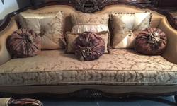 3pc living room couch set 3pc sofa loveseat chair no smoking or pets no tears or rips it is very clean good condition call 604-507-9409