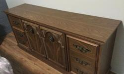 2 End tables 6 drawer dresser Dresser/armoire ( missing doors )