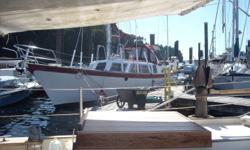 50' center cockpit steel (corten) sailboat. John Brandlmayr design.Very roomy boat. 25 tons. PDF survey available...