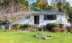 # Bath 2 Sq Ft 2545 MLS 360611 # Bed 5 www.ellsayhometeam.com 3135 Woodpark Drive, Victoria BC MLS#360611 You can enjoy over 2,950 sqft 5 bedroom, 2 bath home on quiet family street. Great location, close to parks, schools, Royal Roads University yet a