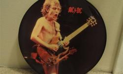Limited Edition  (1986) AC/DC Interview picture disc. MM 1210. UK release. Excellent condition. Will not ship.