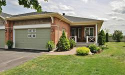 """# Bath 3 Sq Ft 1460 MLS 1015430 # Bed 3 Fabulous Community of """"The Villas"""" in Riverside South. Gorgeous Semi-Detached w/Southern Exposure and No Rear Neighbours. Popular """"Kentucky"""" Model w/1,460 sq. ft. on Main + 877 sq. ft. on Lower Level. Numerous"""