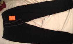 New with tags mens joggers. Black and size medium text/email