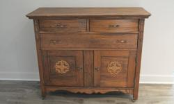 -great condition -all drawers and cabinets work perfectly -must pick up Dimensions: Length- 44 inches Height- 38 inches Depth- 20 inches