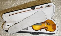 Great violin with clear and round sound in all strings. It is easy to play instrument suitable for beginners and advanced students. The violin is professionally adjusted and ready to play. The set includes all brand new violin, bow, case, shoulder rest