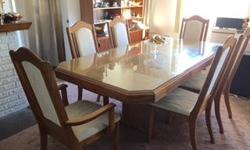 BEAUTIFUL Wood formal Dinning room Pedestal Table with Extension and six Hiback Chairs If you want a beautiful Dinning room table this is it!!! Excellent Cond Great Deal at half price $ 699.00 Come See Make offer 778-557-9199