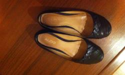 I'm selling a pair of size 8 black leather ballerina flats with a rubber sole that I bought from Aldo this past spring.  I didn't get much use out of them as they never really fit my foot properly.  Still in very good condition. They are no longer on the