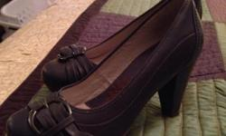 In great condition. Shoe name/brand. Comfortable by blondo shoes!